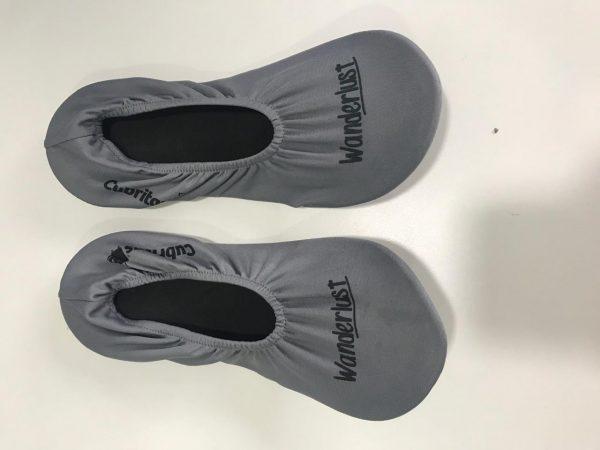 pantuflas grises